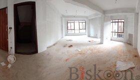 Newly built attractive building in Indrachowk, Kathmandu - 24 on RENT !!