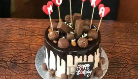 Birthday_Cake_with_chocolate_toppings-cake_delivery_nepal_grid.jpg