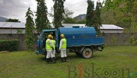 safety-tank-cleaning-nepal-18_grid.jpg