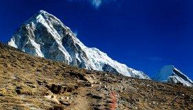 10-everest-base-camp-trek-day-9-gorak-shep-to-kala-patthar_grid.jpg